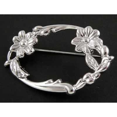 Victorian Style Punched Metal Flower Blossom Oval Brooch