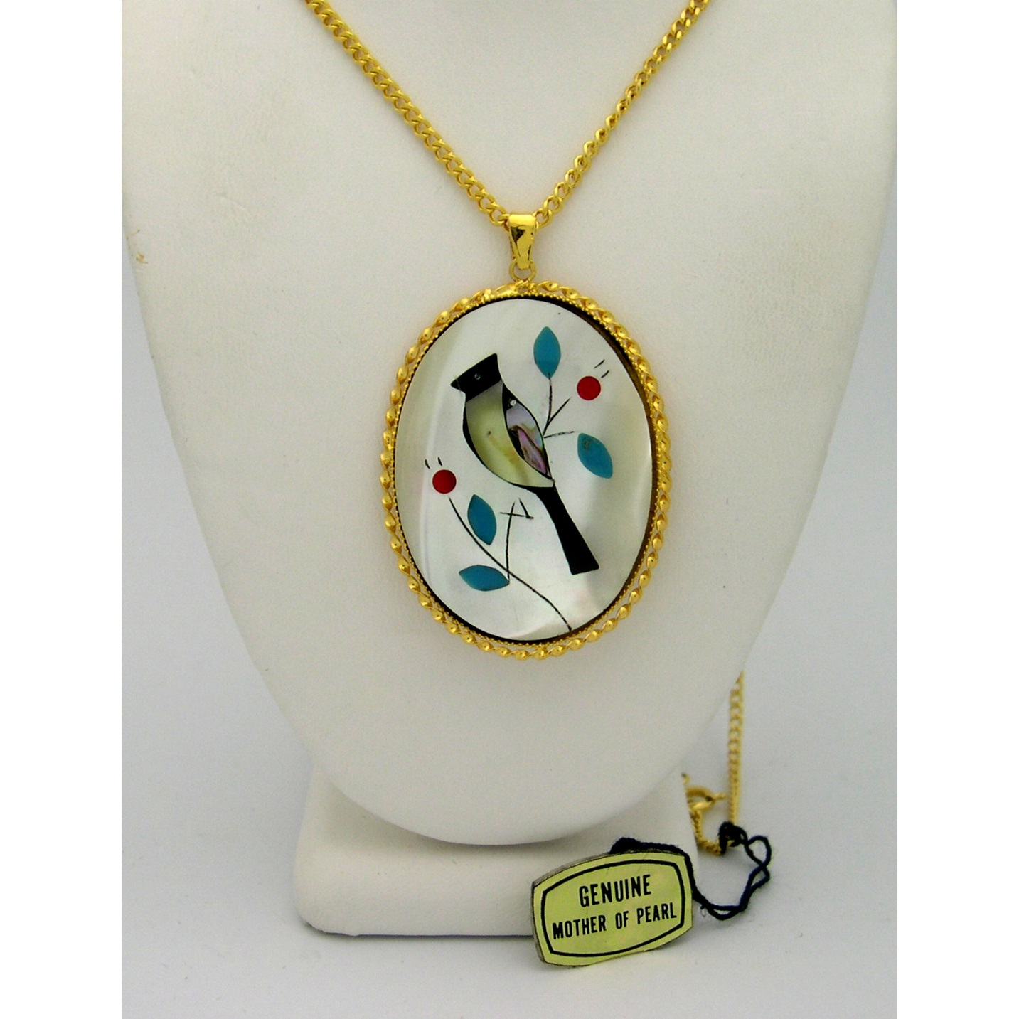 New Old Stock 1970&#39s Gold Tone Mother of Pearl Cardinal Neckl