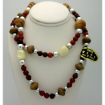 New Old Stock 1970&#39s Vintage Wood & Shell Bead Necklace