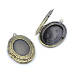 Victorian Style Bronze Tone Metal Oval Photo Locket Pendant