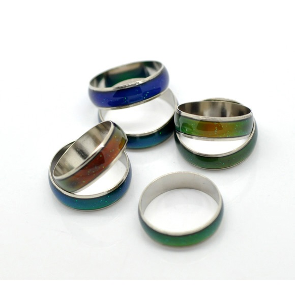 Channel Band Mood Rings in Assorted Sizes