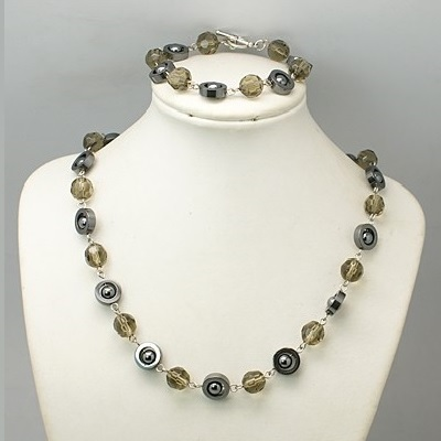 Retro 1960s Mod Hematite & Amber Crystal Bracelet Necklace Set