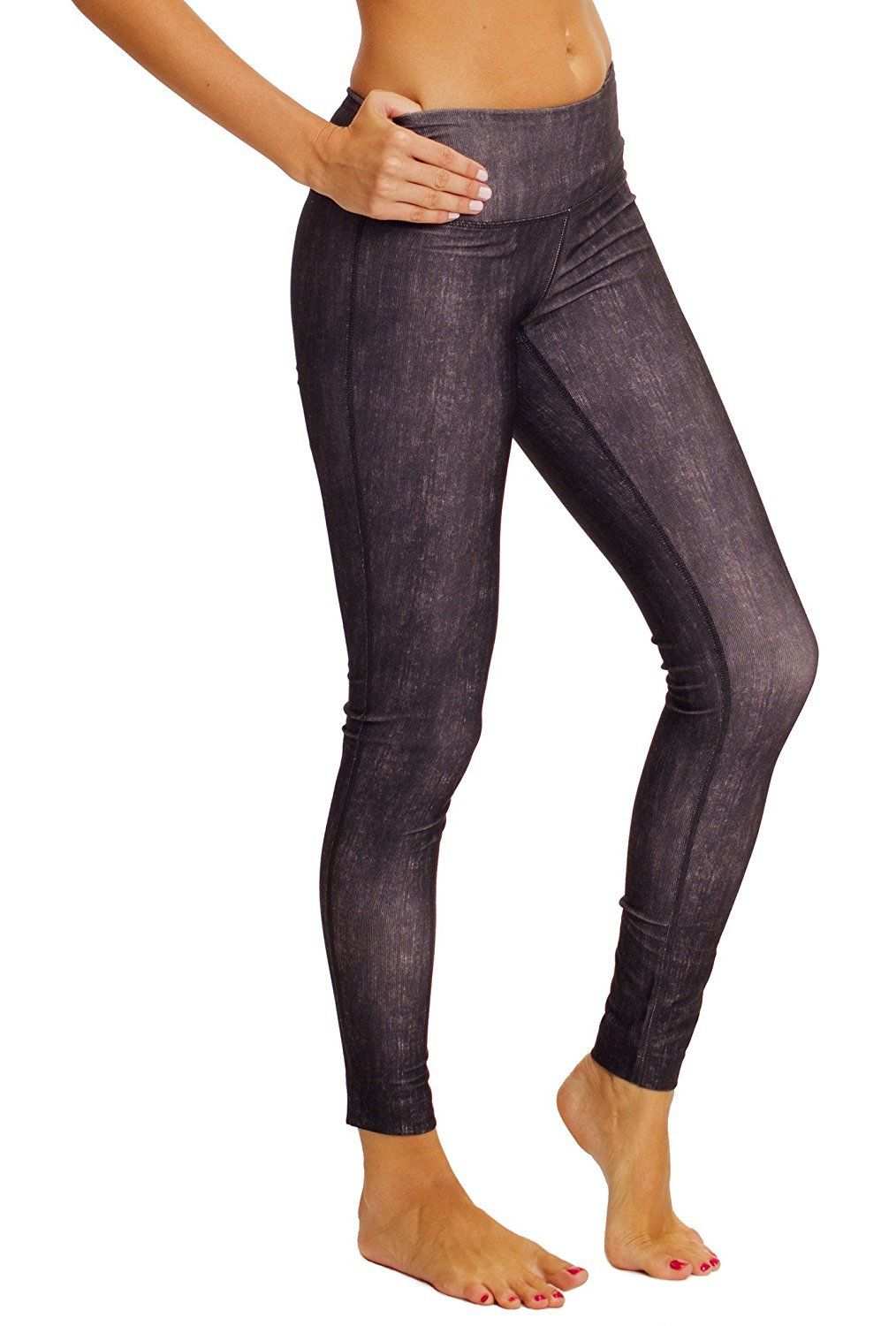 Size XS 90 Degrees by Reflex Ankle Leggings in Black